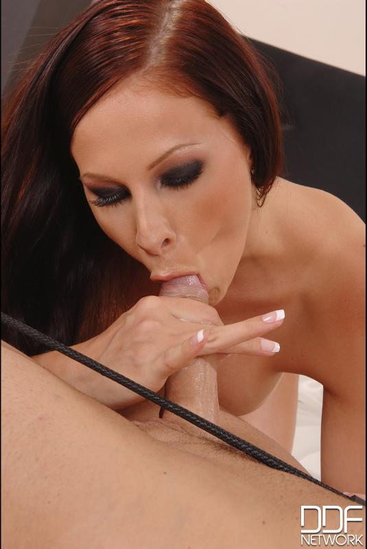 Gianna Loves To Deepthroat