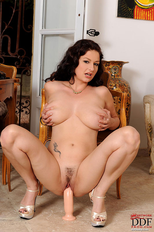 image Teen gets creamy pussy fucked and gives a titfuck