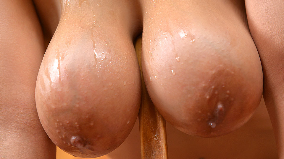 Sweat Beads And Boobs – Sauna Dildo Dilemma