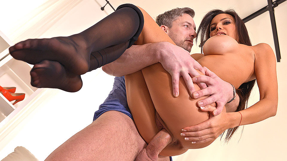 Taste Of Pantyhose: Nylon Lover Cums On Latina's Sexy Feet_main