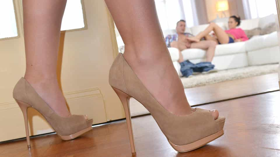 Sexually Open – Step Mom Shares Foot Fetish Secrets